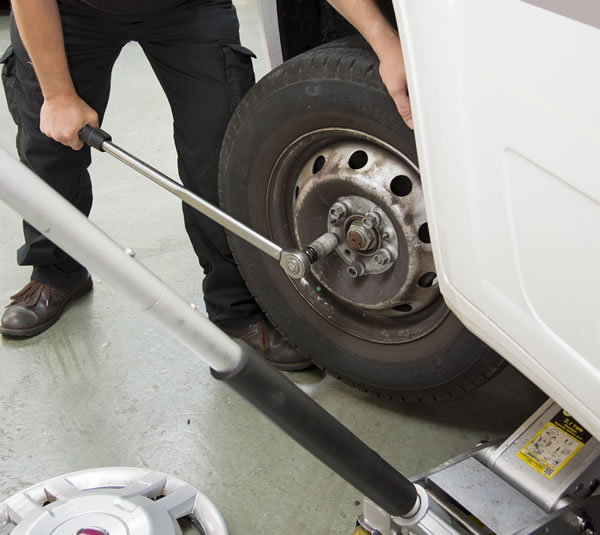 tyre-repairs-services